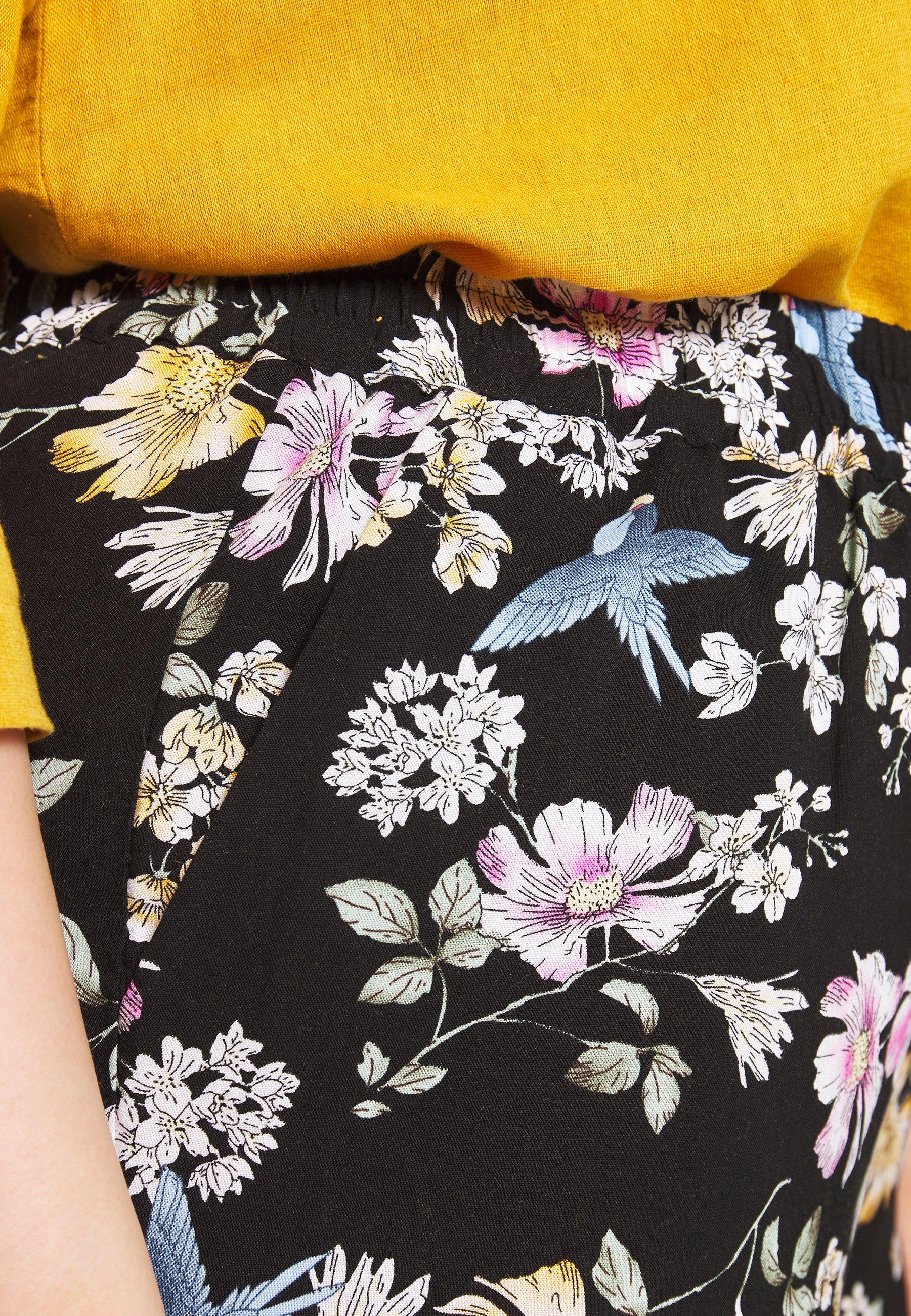 Zizzi LONG LOOSE PANT - Spodnie materiałowe - black