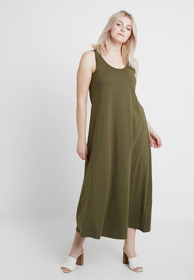 DRESS - Robe en jersey - ivy green