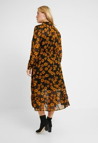 Zizzi - DRESS - Robe chemise - black - 2