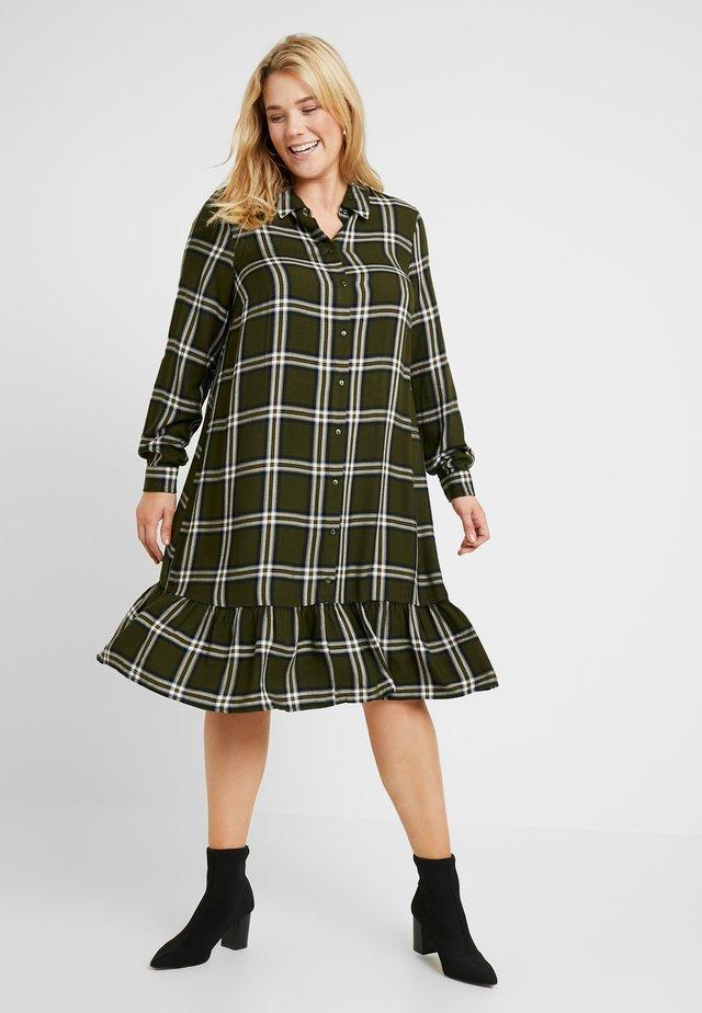 XMELANIE SHIRT DRESS - Shirt dress - ivy green check