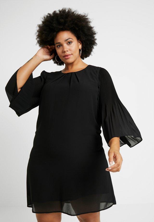 EXCLUSIVE EPRETTY DRESS - Freizeitkleid - black
