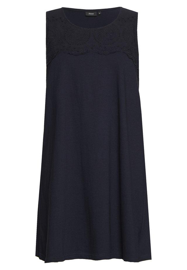 VSOFIA DRESS - Žerzejové šaty - night sky