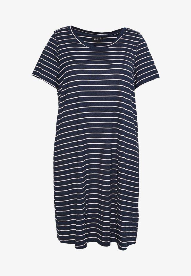 VFREJA DRESS - Žerzejové šaty - mood indigo