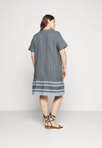 Zizzi - MNESSA KNEE DRESS - Denní šaty - forever blue - 2