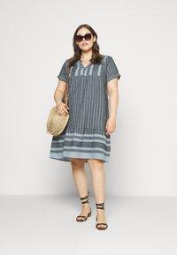 Zizzi - MNESSA KNEE DRESS - Denní šaty - forever blue - 1