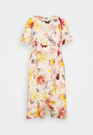 MILUNA DRESS - Day dress - multi-coloured