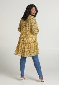 Zizzi - Day dress - yellow - 2