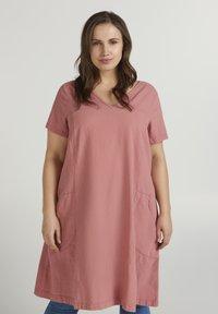 Zizzi - Day dress - pink - 0