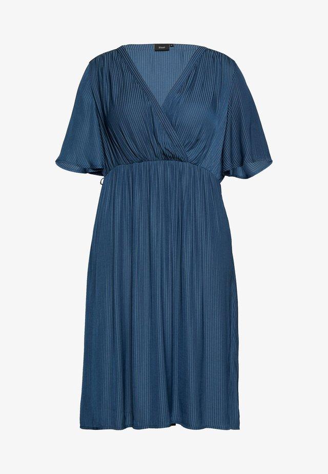MCLARA DRESS - Hverdagskjoler - dark denim