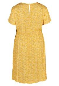 Zizzi - Korte jurk - yellow - 4