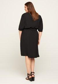 Zizzi - Korte jurk - black - 2