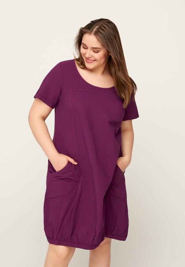 Vardagsklänning - purple