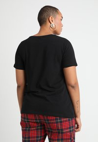 Zizzi - SHORT SLEEVE V NECK - T-shirts - black - 2