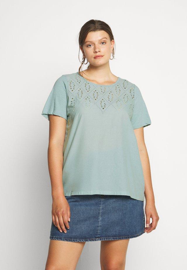 MSTELLA - T-shirt con stampa - gray mist