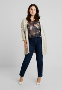 Zizzi - XEMMA BLOUSE - Bluser - night sky comb - 1