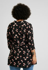 Zizzi - EXCLUSIVE EFLORAL 3/4 - Koszula - black - 2