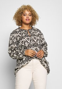 Zizzi - MIGGY BLOUSE - Blůza - tribal - 0