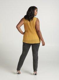 Zizzi - Bluse - dark yellow - 2