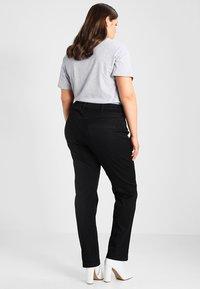 Zizzi - EMILY - Jeans Slim Fit - black - 2