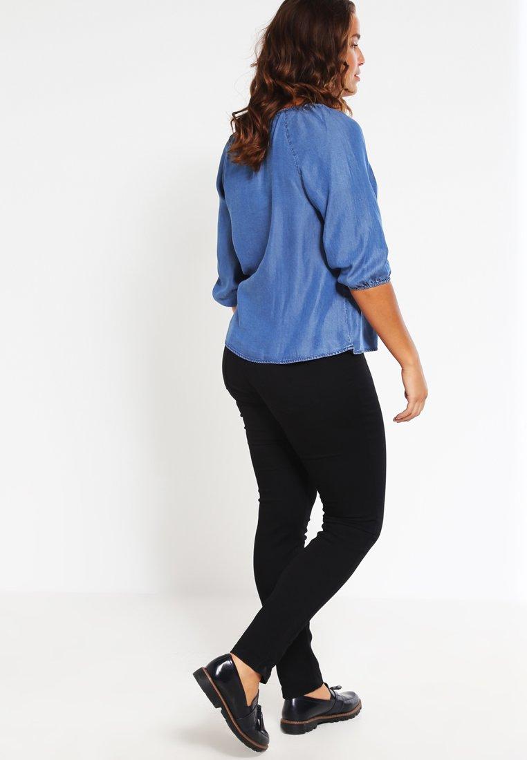Zizzi Nille - Jeans Slim Fit Black ZAEos0C