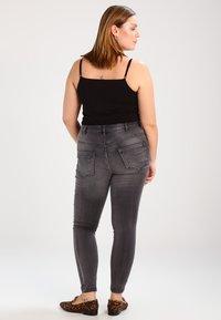 Zizzi - AMY LONG - Jeansy Skinny Fit - dark grey denim - 2