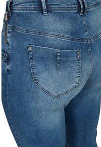 Zizzi - NILLE  - Jeans Skinny Fit - blue - 3
