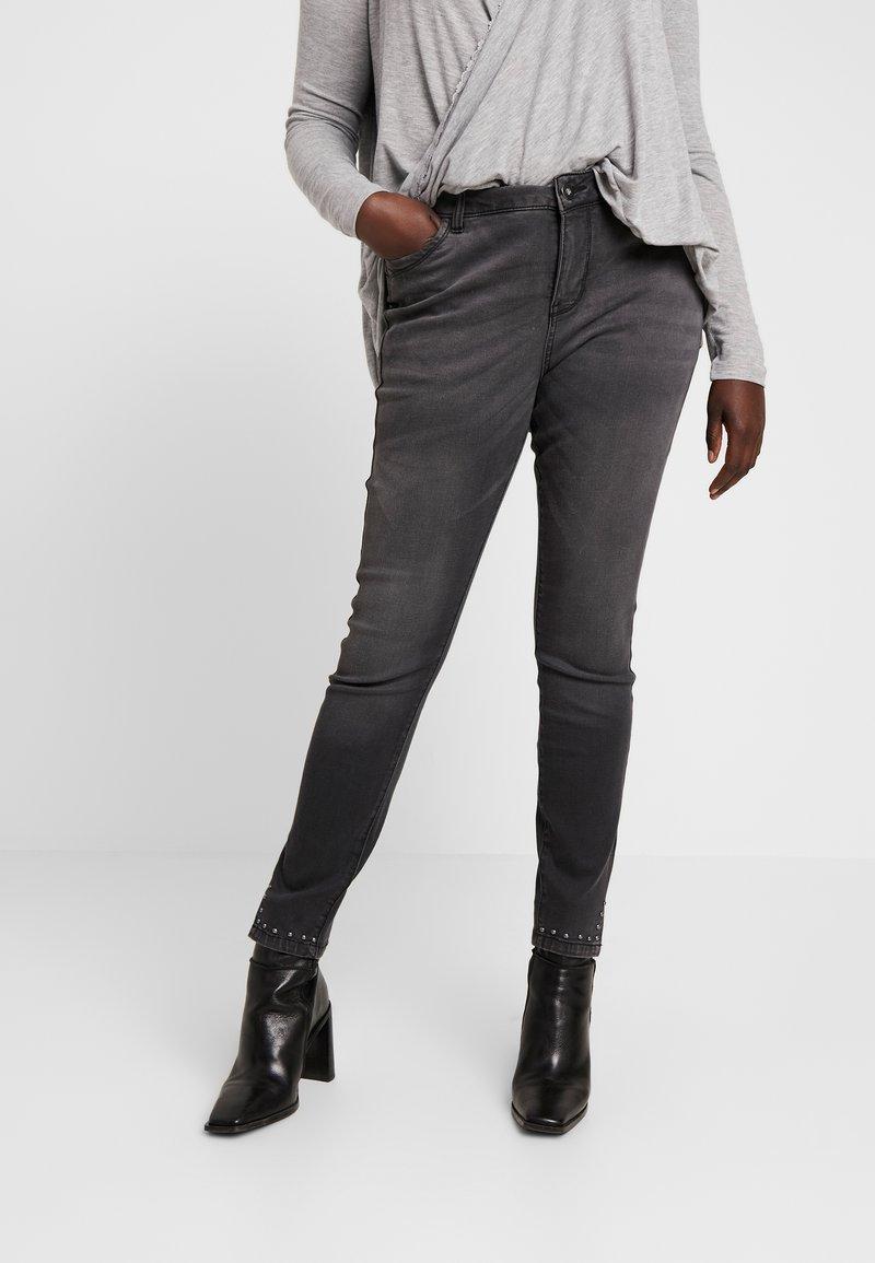Zizzi - CROPPED SALLY - Jeans Skinny Fit - dark grey denim