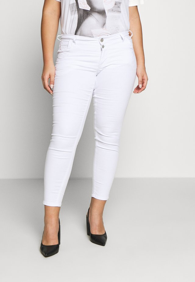 CROPPED SANNA - Jeans Skinny Fit - white
