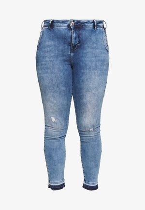 AMY SUPER SLIM - Jeans Skinny Fit - light blue denim