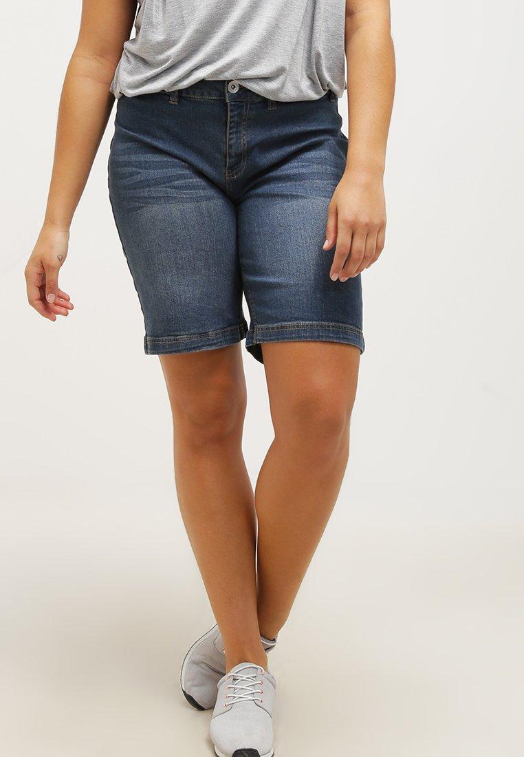 Zizzi - Jeans Shorts - blue denim