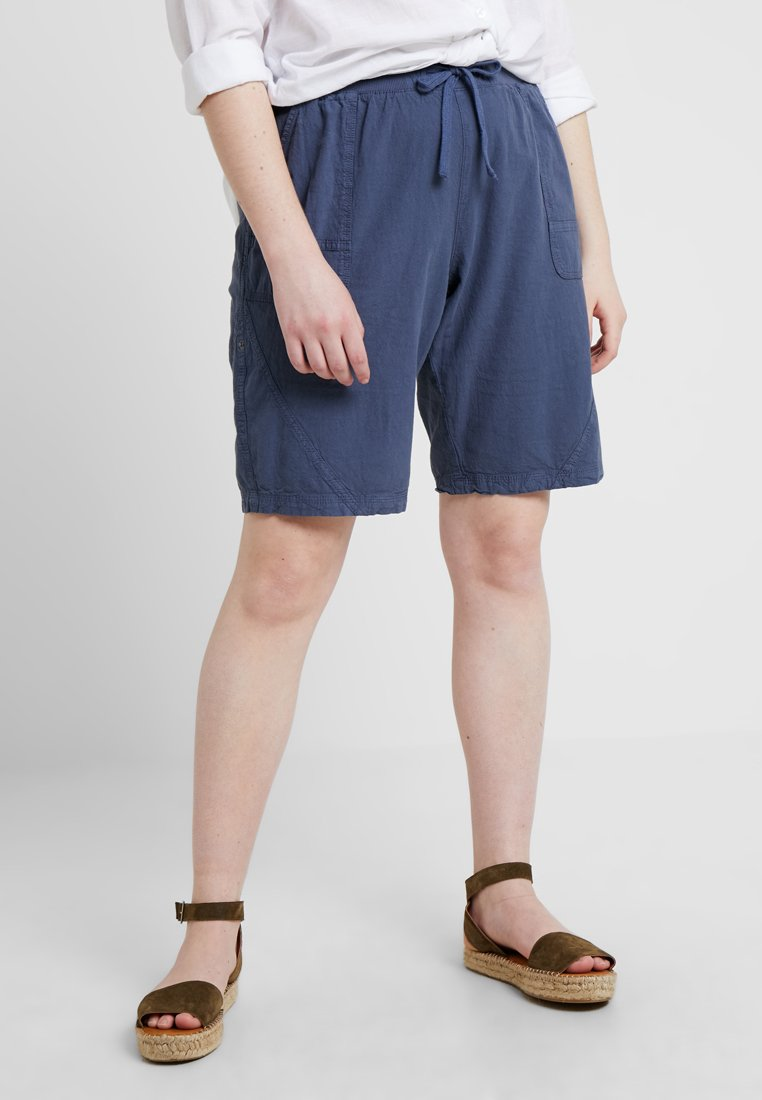 Zizzi - ABOVE KNEE - Shorts - vintage indigo