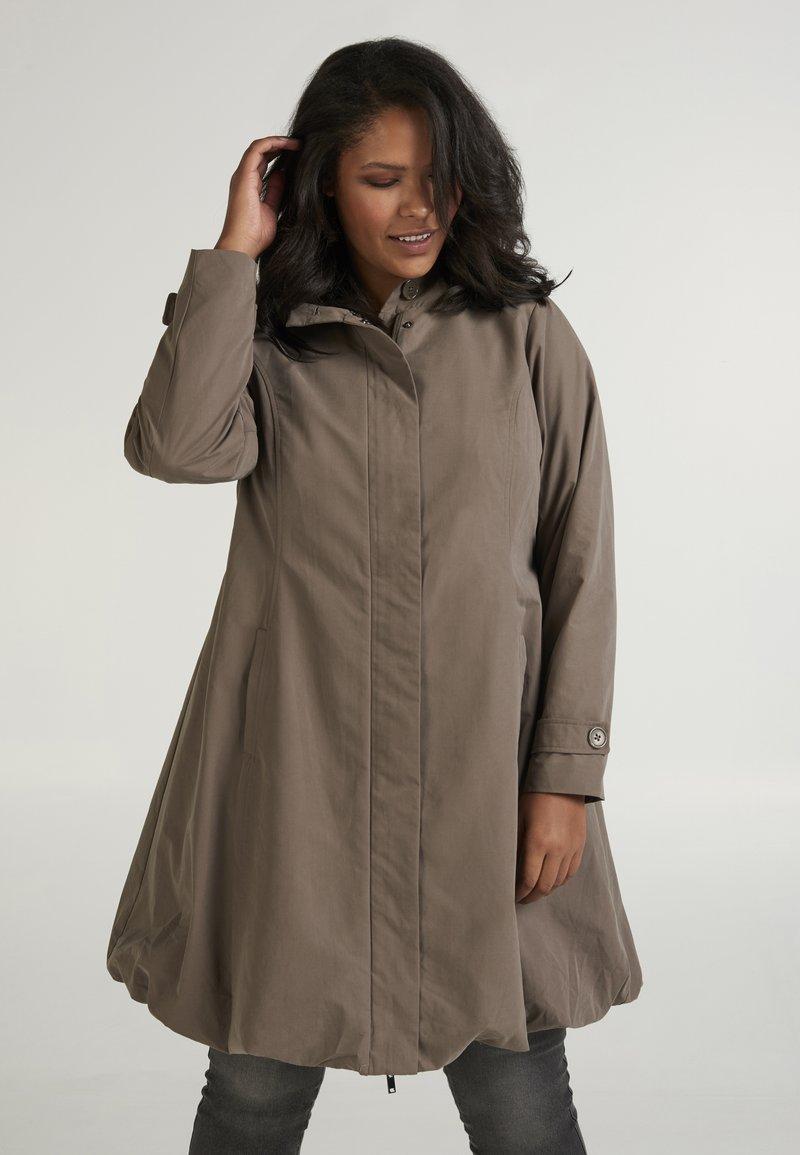 Zizzi - Trenchcoat - brown