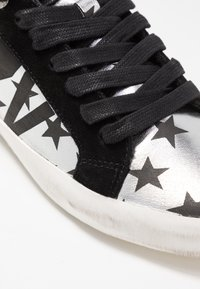 Zadig & Voltaire - USED - Trainers - silver - 2