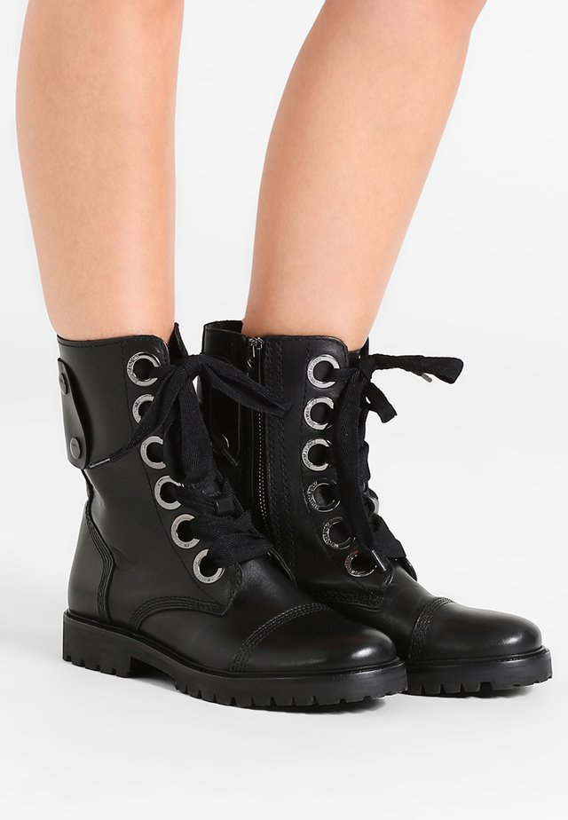 JOE KEITH - Lace-up ankle boots - noir