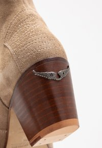 Zadig & Voltaire - MOLLY - Ankle boots - taupe - 2