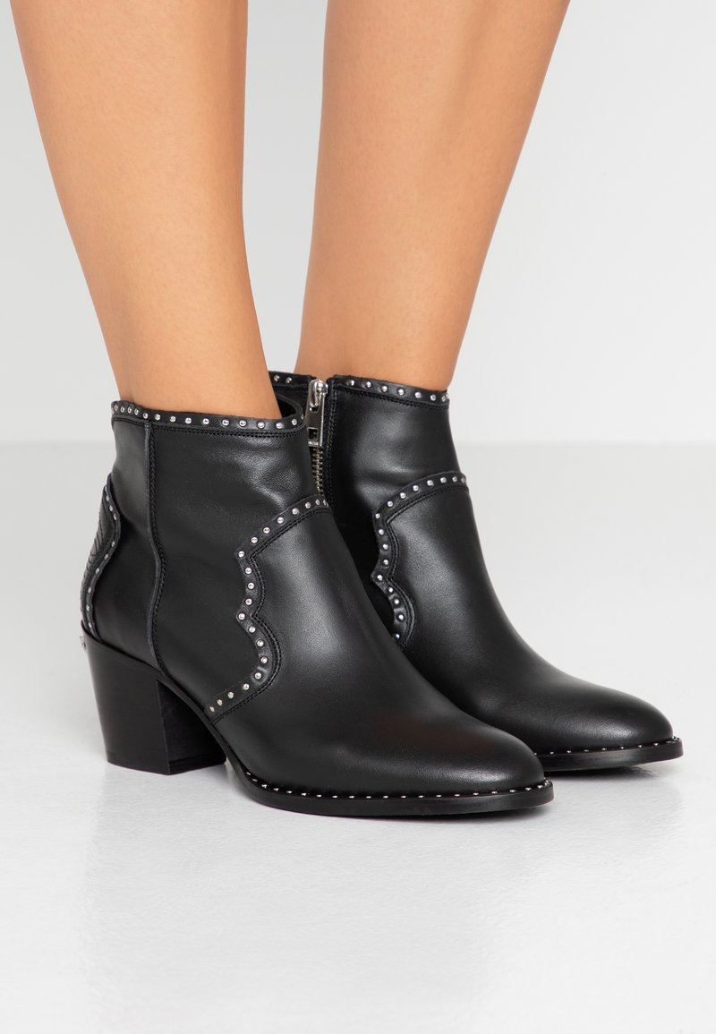 Zadig & Voltaire - MOLLY STUDS - Boots à talons - noir