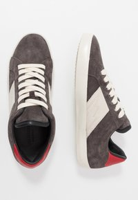 Zadig & Voltaire - ZADIF PATCH - Sneakers basse - gris - 1