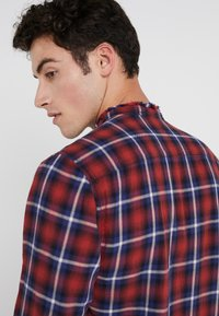 Zadig & Voltaire - TORROL CHECK - Chemise - rouge - 3