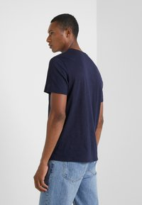 Zadig & Voltaire - TOBY FLAMMÉ OVE - T-shirt basic - marine - 2