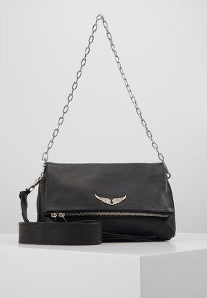 ROCKY GRAINED - Håndtasker - noir