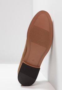 Zalando Essentials - Eleganckie buty - light brown - 4