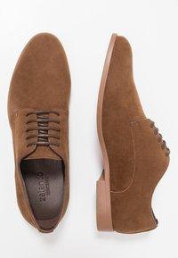 Zalando Essentials - Eleganckie buty - light brown - 1