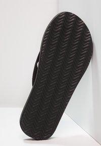 Zalando Essentials - T-bar sandals - black - 4