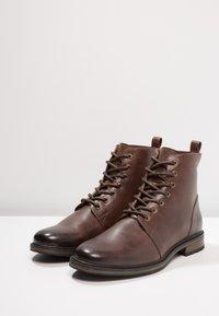 Zalando Essentials - Veterboots - light brown - 2