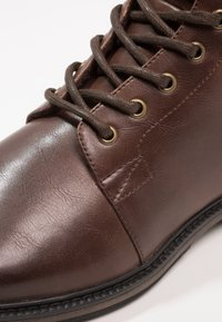 Zalando Essentials - Veterboots - light brown - 5