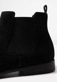 Zalando Essentials - Kotníkové boty - black - 5