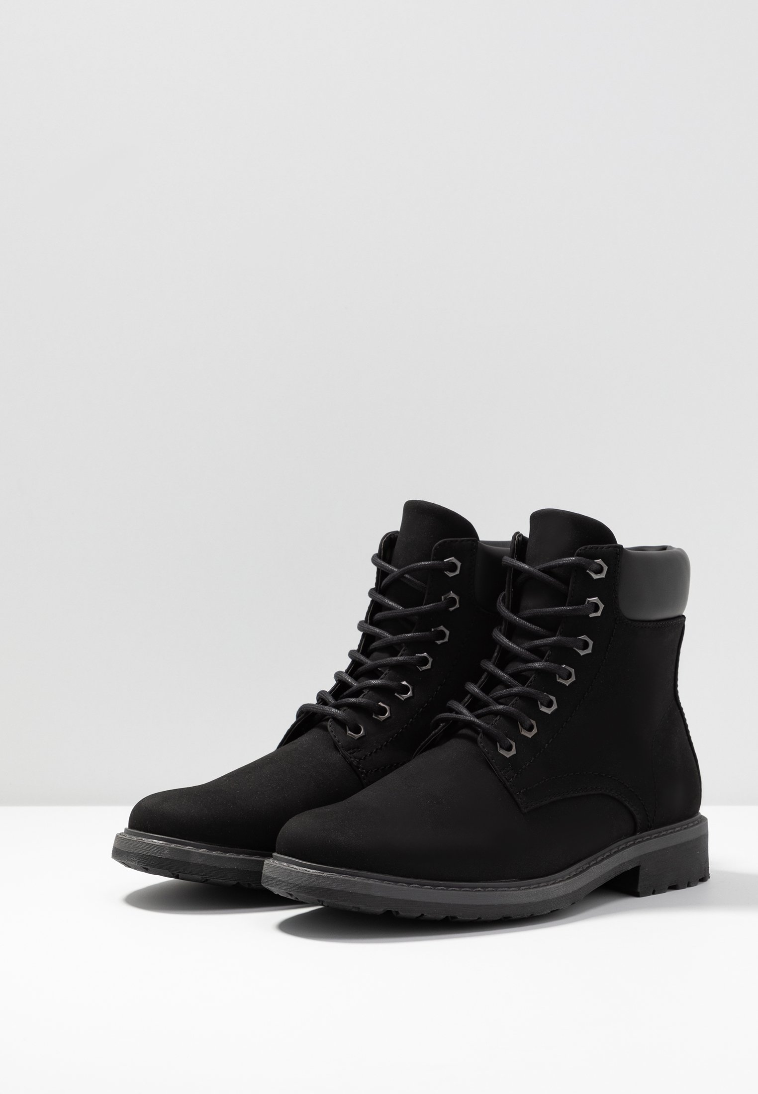 Zalando Essentials Botines con cordones - black