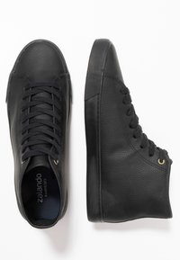 Zalando Essentials - Sneakers hoog - black - 1