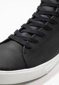 Zalando Essentials - Zapatillas altas - black - 5