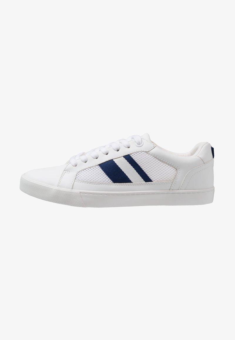 Zalando Essentials - Trainers - white/dark blue